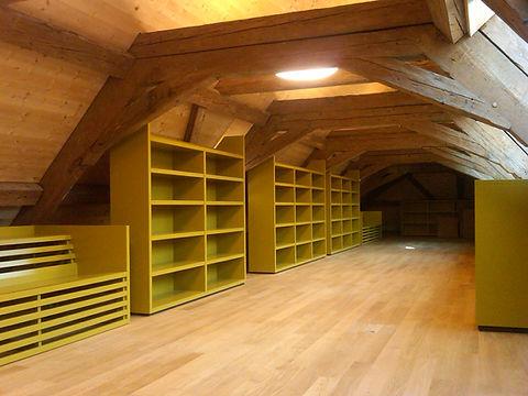 Schrank Schwyz, Schränke, Regale, Einrichtungen, Dachschräge, Arth, Kt. Schwyz, Zentralschweiz, Schweiz, CH