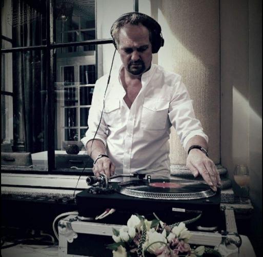 DJ Rob-B