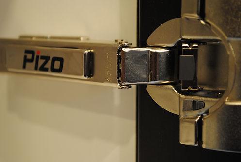 Pizo Kitchens | BLUM Hinges