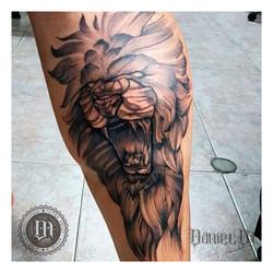Leon Tattoo Dotwork