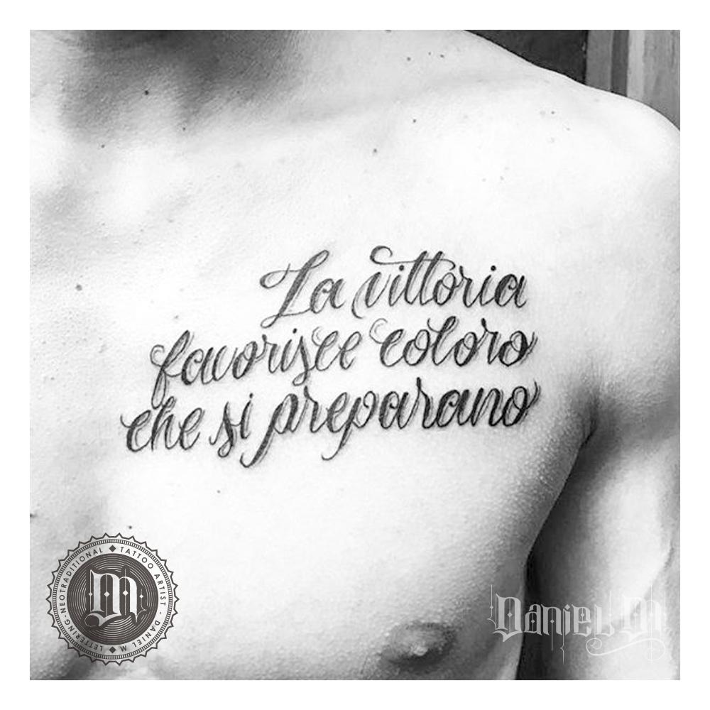 Letras Pegadas Tattoo Pecho