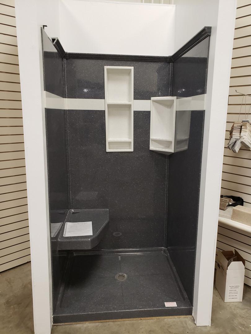 Onyx Shower Display