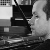 Listening sound, imagining #pianopiano #