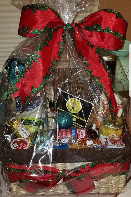 "Gift Basket ""Holiday Treat"""