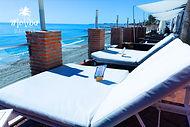 Malibu-Beach-Bar-cama-balinesa-terraza