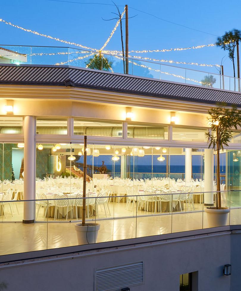 LB Restaurant and Events, La Viborilla, Niña bonita,  Malibu Beach Bar, La Bella Bambina, salon de eventos, bodas, ceremonia en la playa, celebraciones, comuniones, bautizos, cumpleaños, graduaciones, presentaciones, eventos de empresa, desayunos de trabajo, cenas de empresa, animacion infantil, experiencias, piscina, barbacoa, menu, playa, pescaito, espeto, copas, musica en directo, benalmadena, costa del sol