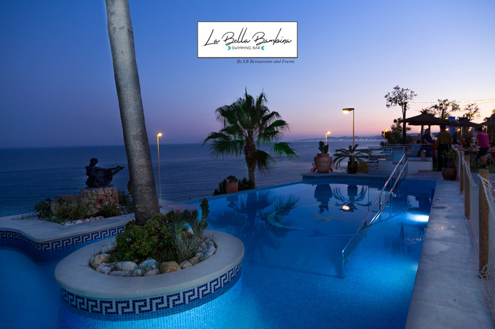 La Bella Bambina, a wonderful terrace facing the sea, swimming pool, spectacular views and a dedicated service to have an experience at the highest level, Malibú Beach Bar a unique place on the beach to enjoy all kinds of celebrations LB Restaurant and Events, La Viborilla , Pretty girl, Malibu Beach Bar, La Bella Bambina, event room, weddings, ceremony on the beach, celebrations, communions, baptisms, birthdays, graduations, presentations, company events, business breakfasts, company dinners, children's entertainment, experiences, pool, barbecue, menu, beach, fish, espeto, drinks, live music, benalmadena, costa del sol