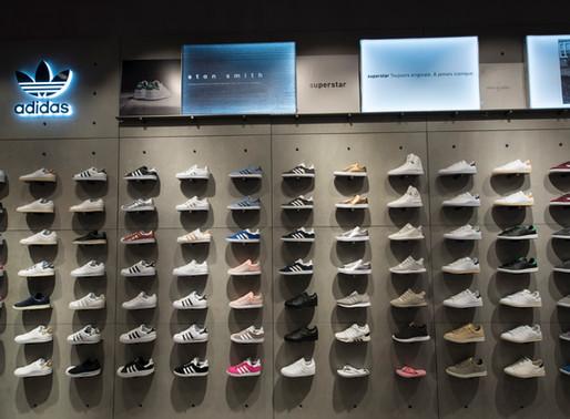 Nouvelle boutique Adidas à Cap 3000, par une photographe spécialisée retail Paris France