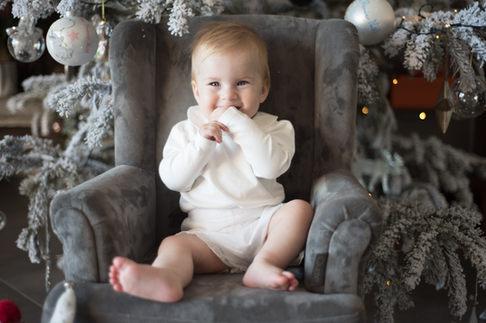 photographe-bébé-paris-famille-nouveau-né-noel.jpg