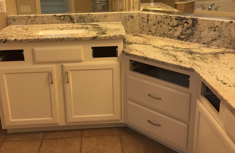 Black_and_white_granite_bathroom_vanity.