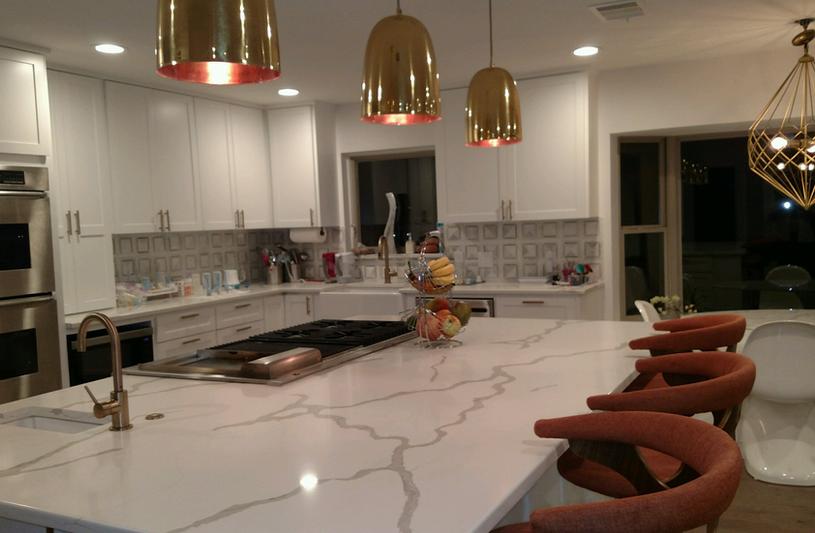 White quartz kitchen island.png