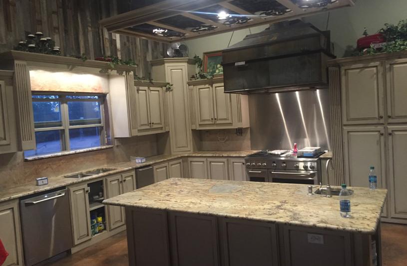 juperana_persa_granite_kitchen_counterto