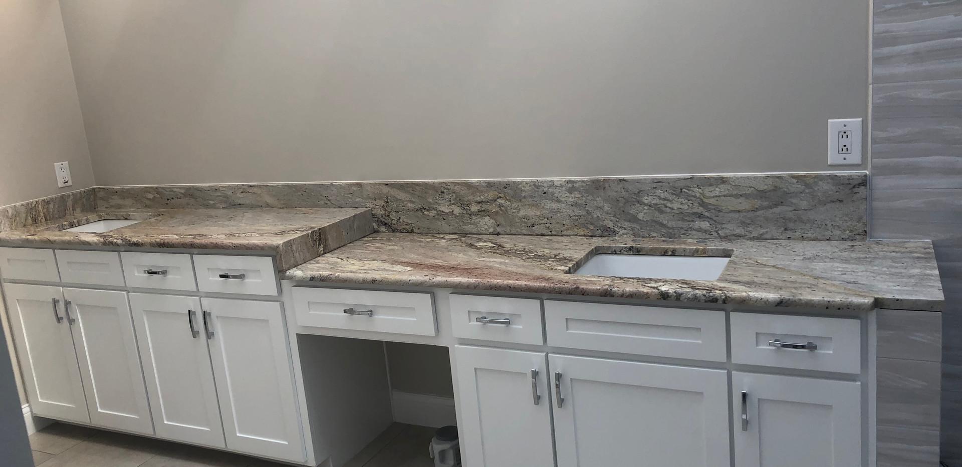 Exotic_granite_countertop_bathroom.jpeg
