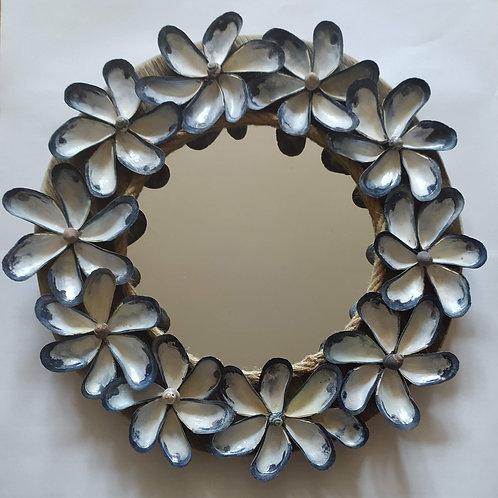 Mussel Shell Wreath Mirror