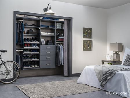 closet d1.jpg