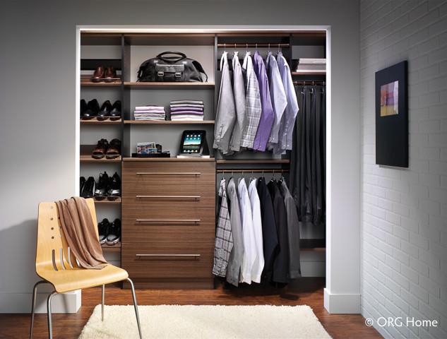 closet f1.jpg