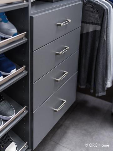 closet d5.jpg