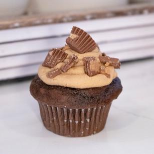 Gourmet Peanut Butter Cupcake, www.Thebakehousecumberland.com  .jpg