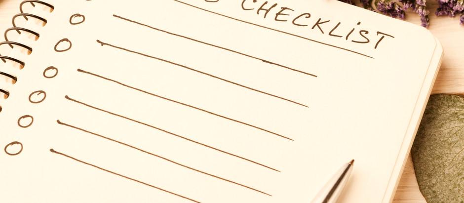 Nos comprometimos... ¿Ahora qué sigue? Checklist mensual para planear tu boda.