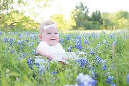 Bluebonnet_Baby_Photo_Photography_Spring_Wildflowers_Austin_Texas