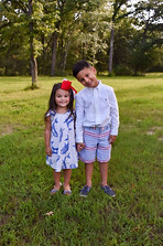 Siblings_Brother_Sister_Family_Photo_Outdoor_Photography_Austin_Texas_Georgetown