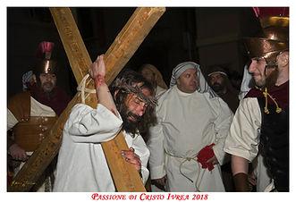 il Cristo con la Croce alla Passione di Cristo di Ivrea