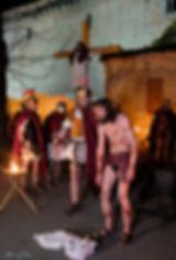 Passione di Cristo IVREA - il cristo viene portato al golgota