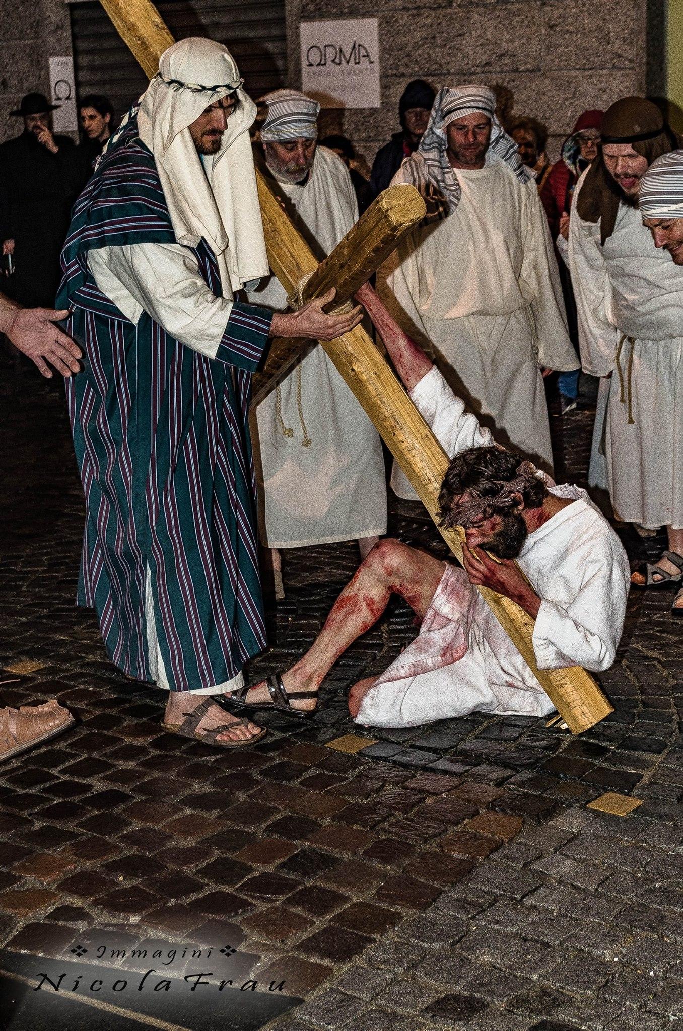 Passione di Cristo Ivrea 2017 - UNESCO - Nicola Frau (Simone da Cirene - Cireneo)