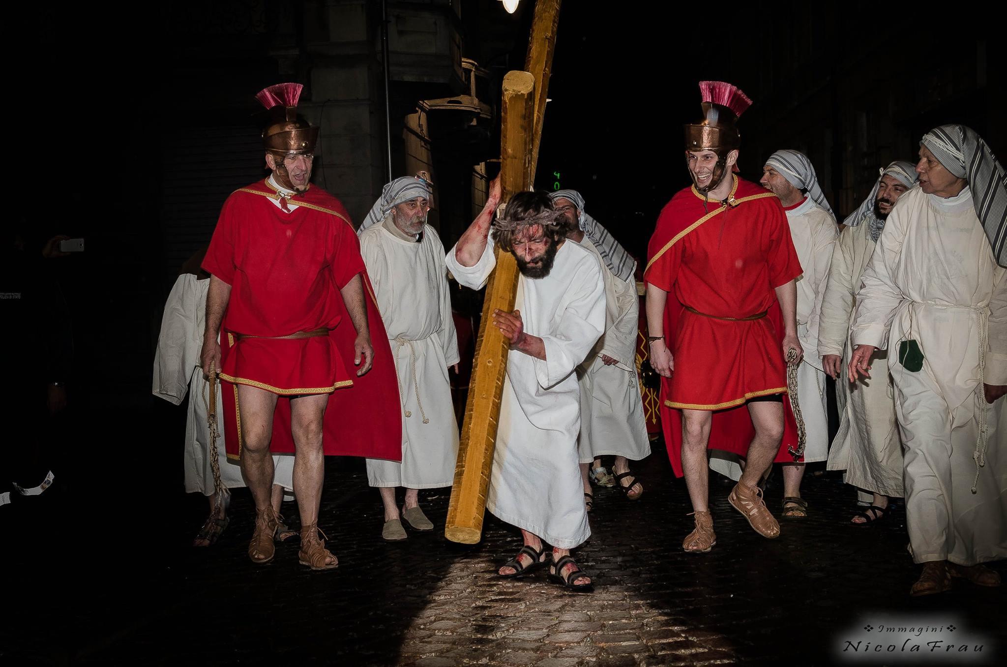 Passione di Cristo Ivrea 2017 - UNESCO - Nicola Frau (Via Crucis Ivrea)