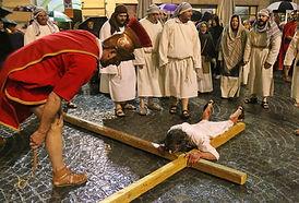 ivrea Cristo cade per la Prima volta