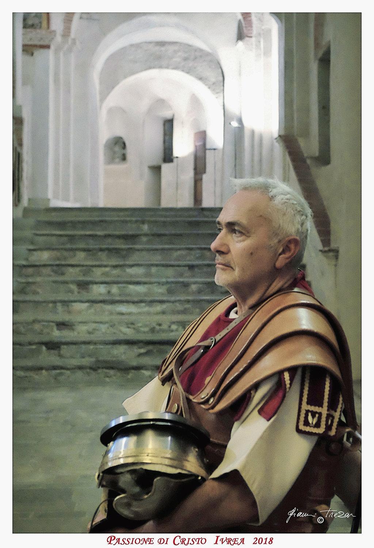 Passione_di_Cristo_Ivrea_2018_-_Città_UNESCO_-_Gianni_Trezar_-_(Il_Soldato_di_Roma)