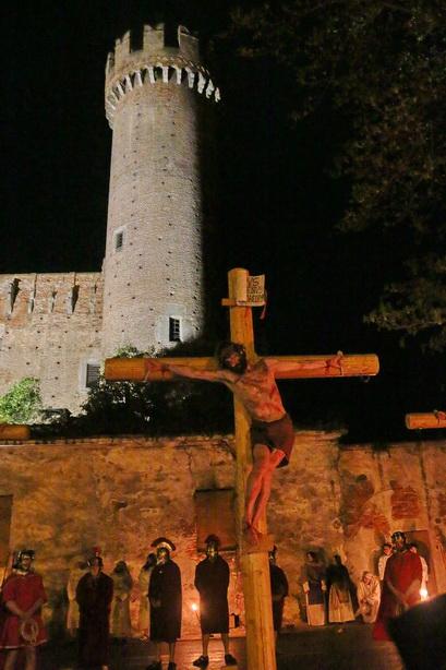 Passione di Cristo Ivrea 2017 - UNESCO - Fulvio Lavarino (Cristo sulla Croce)