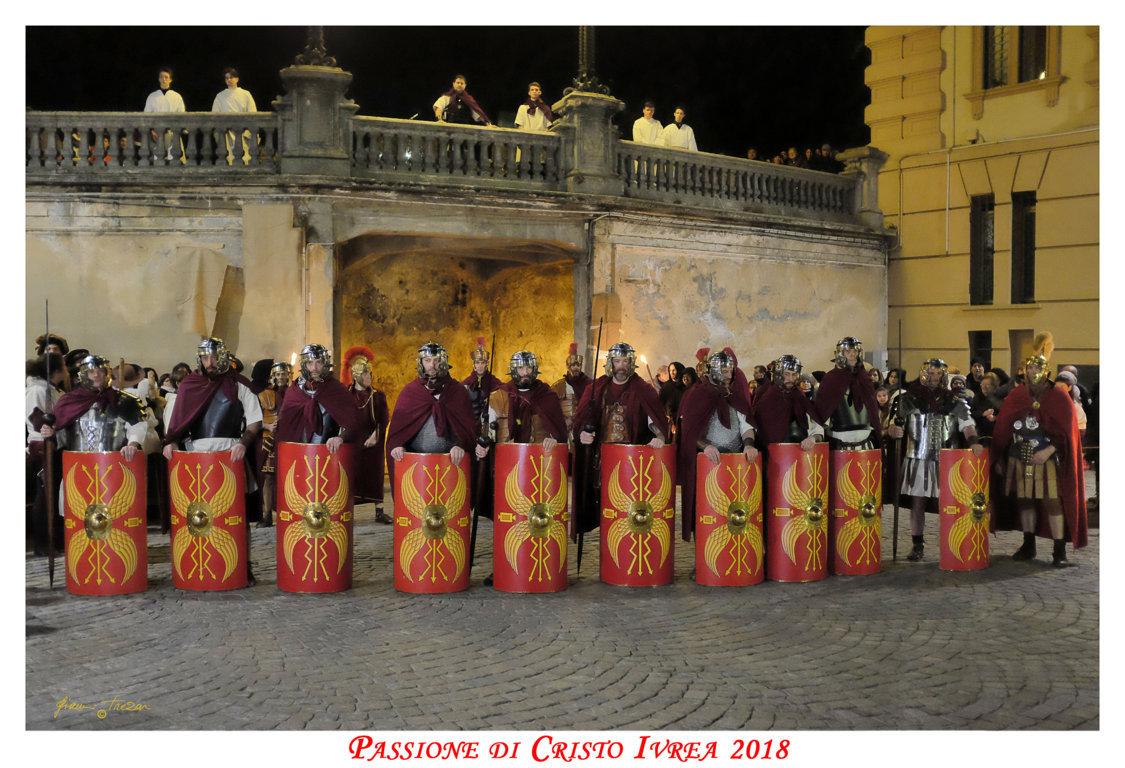 Passione_di_Cristo_Ivrea_2018_-_Città_UNESCO_-_Gianni_Trezar_-_(La_Legione_Tebea_Schierata)