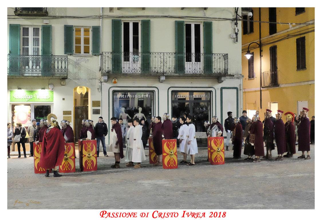 Passione_di_Cristo_Ivrea_2018_-_Città_UNESCO_-_Gianni_Trezar_-_(I_Romani_della_Legione_Tebea)