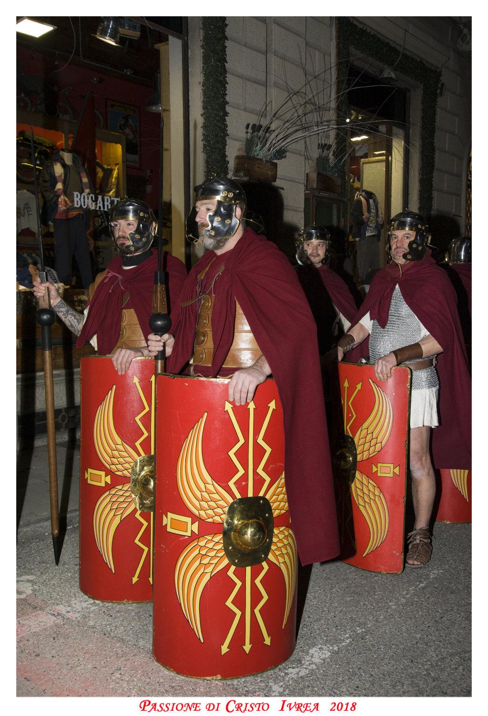 Passione_di_Cristo_Ivrea_2018_-_Città_UNESCO_-_Gianni_Trezar_-_(Legioni_di_Roma)