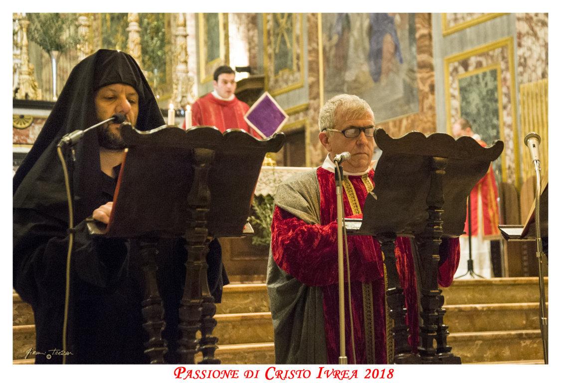 Passione_di_Cristo_Ivrea_2018_-_Città_UNESCO_-_Gianni_Trezar_-_(Lettura_in_Duomo)