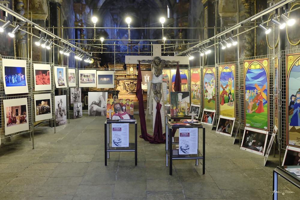 Ivrea - Passione di Cristo  - Mostra Fotografica Ivrea-Sordevolo - Foto Gianni Trezar