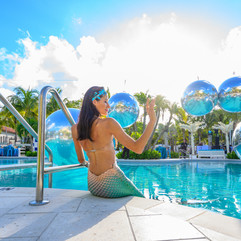 white blue water bubble mirror pool unde