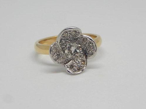 HANDMADE DIAMOND FLOWER GOLD RING