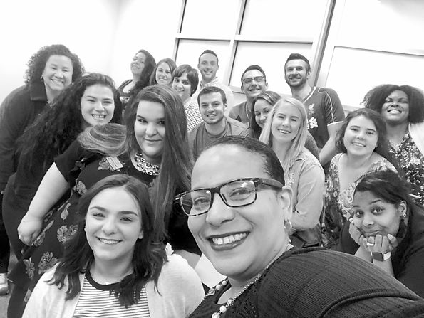 Sofia%20with%20Hofstra%20Students%20Clas