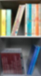 Kratzbaum als CD-Schrank