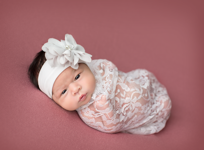 Newborn Session | Smithville, La Grange, Bastrop & Austin Area Photographer