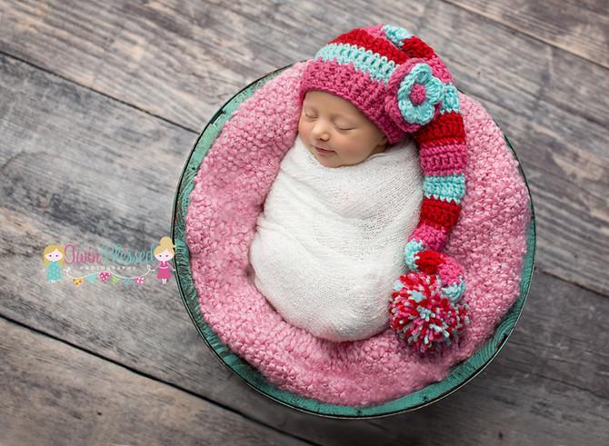 Smithville, Bastrop, & Austin area Newborn Photographer