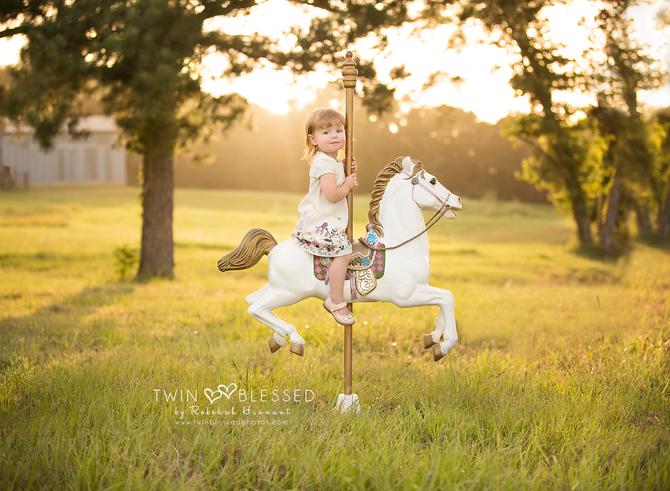 Smithville, Bastrop, & Austin area Child Photographer