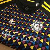 Coloured tops for Polzeath FC