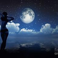 1-girl-in-moonlight-aleksey-tugolukov.jpg