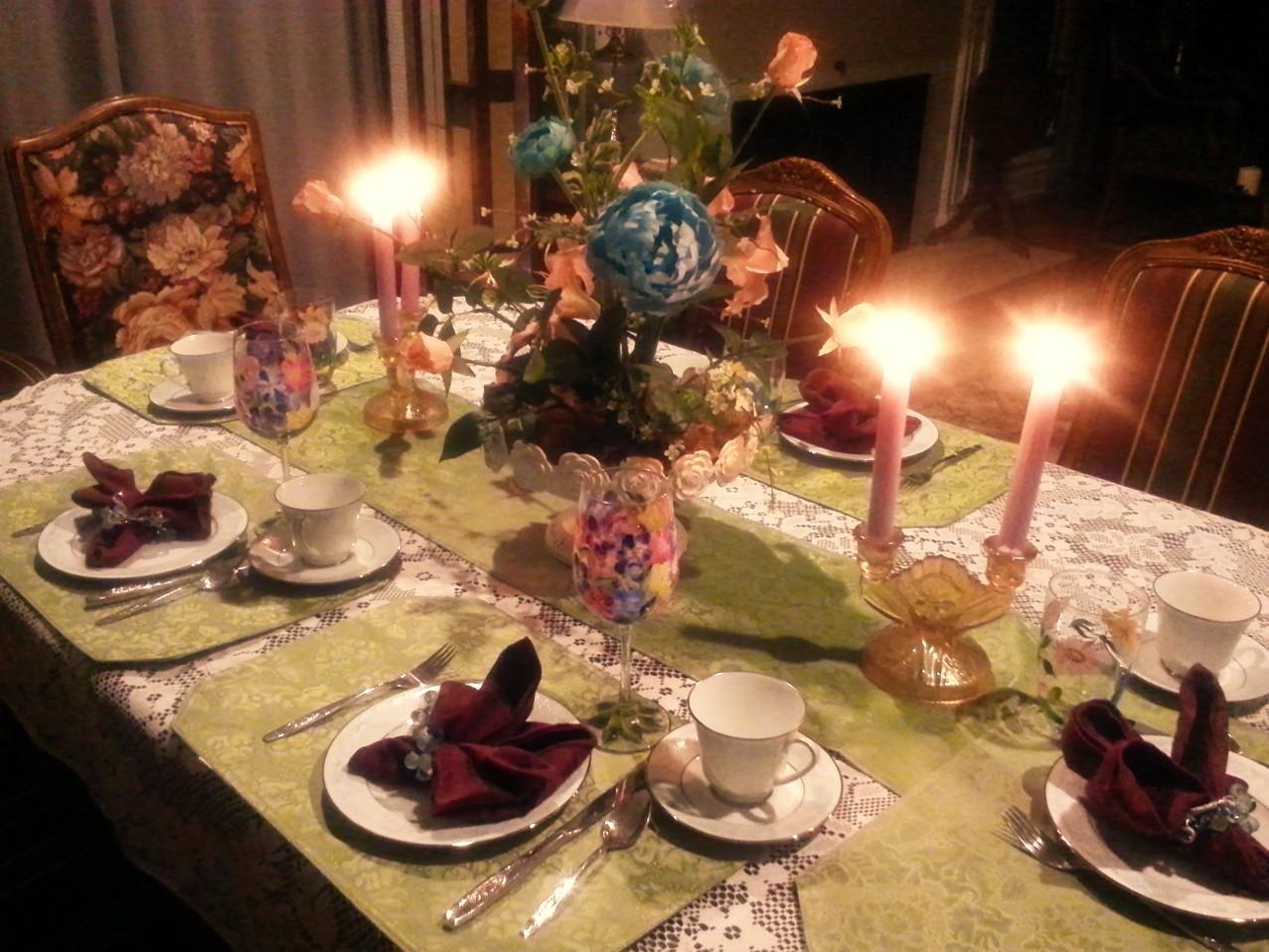 8 Inn Dining Elegance