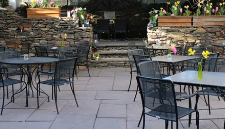 4 Reasons to Dine Alfresco at The Gables