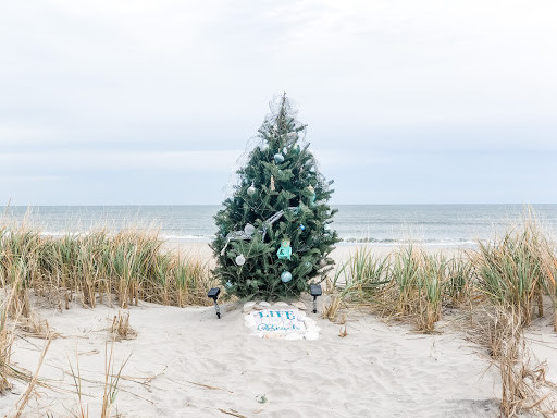 'Tis the Season to Celebrate the Holidays at the Shore