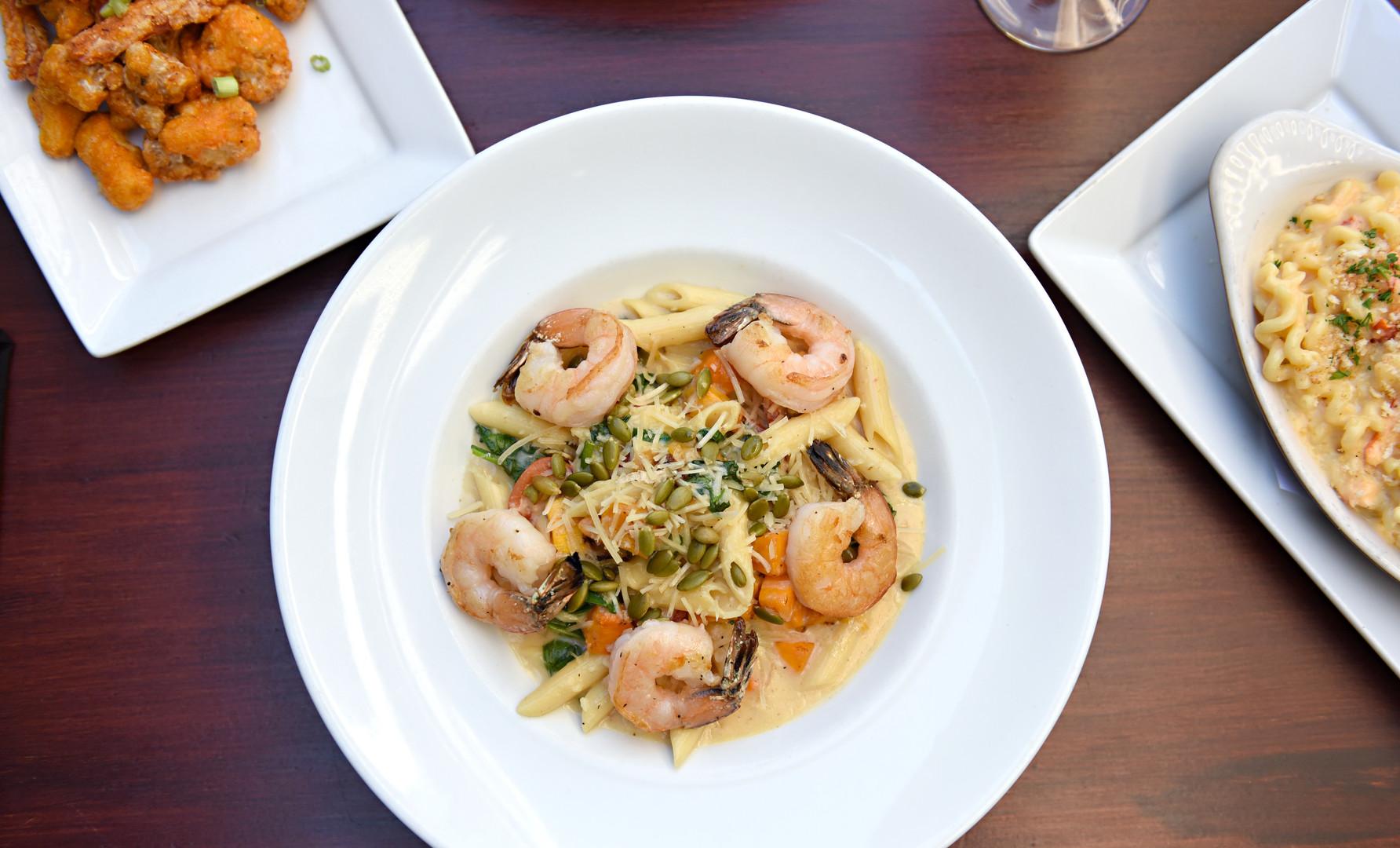 Penne Alfredo with Shrimp(2).JPG